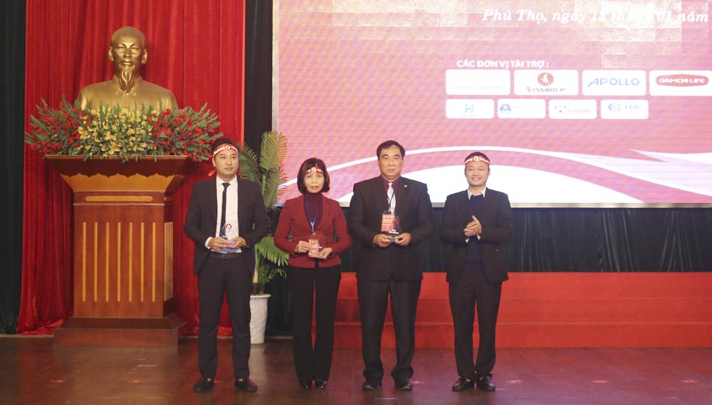 """Phú Thọ: Hơn 1000 ĐVTN tham gia Ngày hội Hiến máu tình nguyện """"Chủ nhật đỏ"""" lần thứ XI"""